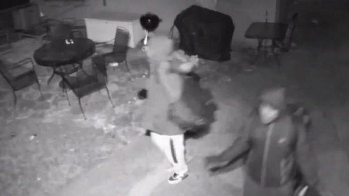 Soldier in Iraq reports burglary in Illinois