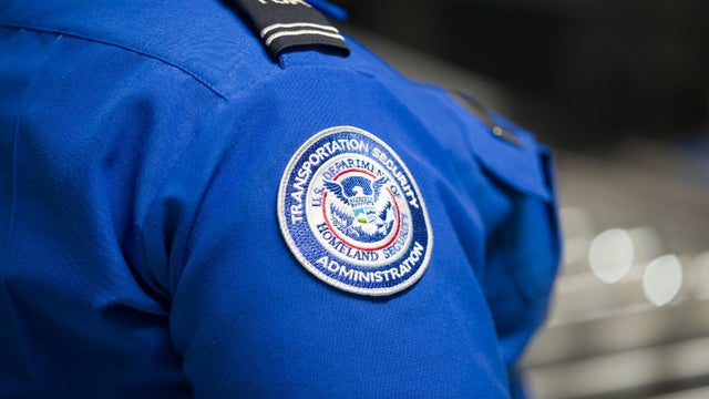 TSA bans employees from using China-owned TikTok, Report