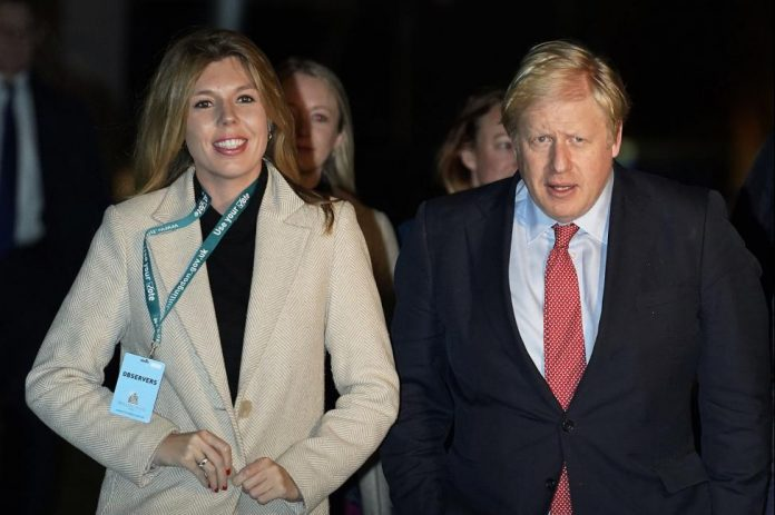 Boris Johnson and Carrie Symonds engaged, expecting baby