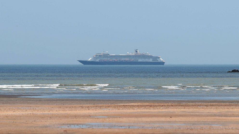 Coronavirus USA Update: Cruise ships with sick passengers ...