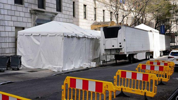 Coronavirus USA Update: New York shutdown extended to May 15
