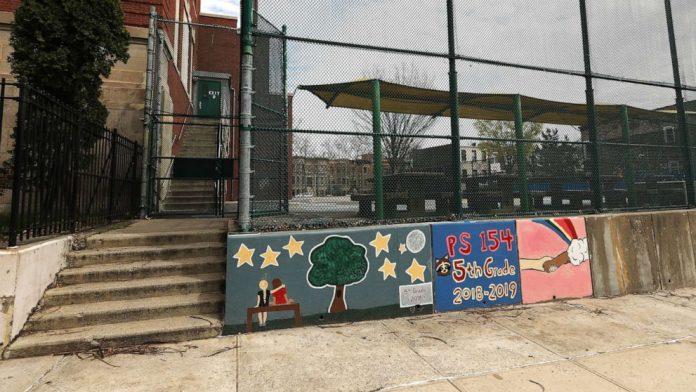 Coronavirus USA Updates: 25 teachers dead in NYC