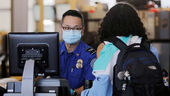 Coronavirus USA Updates: 500 TSA employees test positive for COVID-19