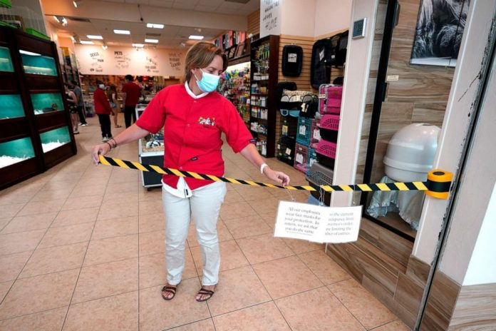 Coronavirus US Updates: Hair salons, gyms, nail salons, barber shops can soon open in Texas