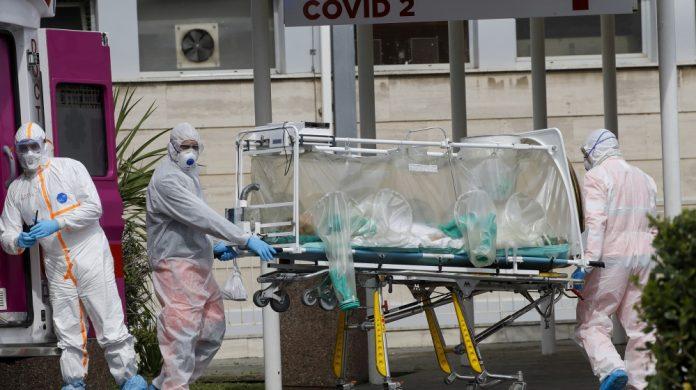 Coronavirus USA Updates: 4 inmates dead, 600 test positive at BOP prison
