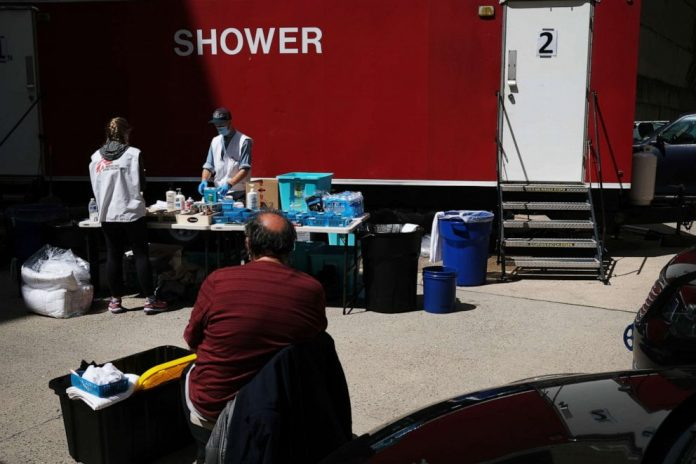 Coronavirus USA Updates: 75 deaths among NYC's homeless