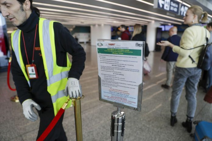 Coronavirus USA Updates: Airline union supports temperature checks