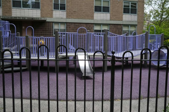Coronavirus USA Updates: NY investigating 157 cases of kids' illness
