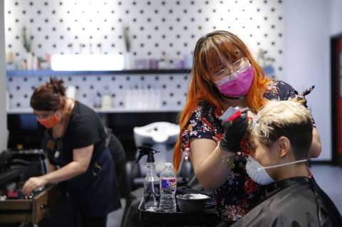Coronavirus USA Updates: New York barber who gave haircuts despite closures tests positive for COVID-19
