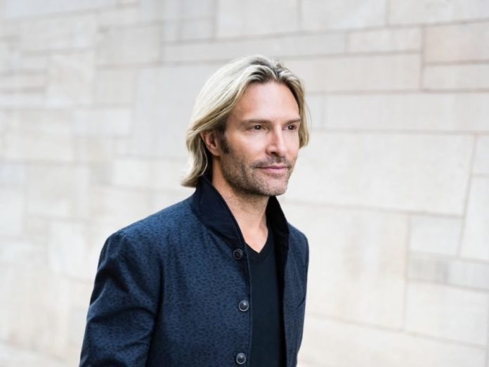 Eric Whitacre's Virtual Choir Takes On New Meaning, Report