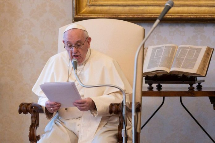 Coronavirus USA Updates: Pope warns against vaccine priority for the rich