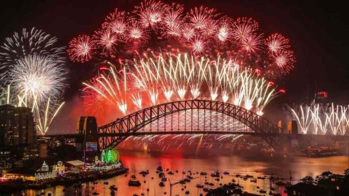 Coronavirus Australia Updates: Sydney's New Year's Eve fireworks set to go ahead