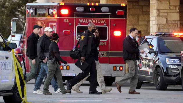 Mayfair Mall Mass Shooting In Wauwatosa Leaves 8 Injured, Report