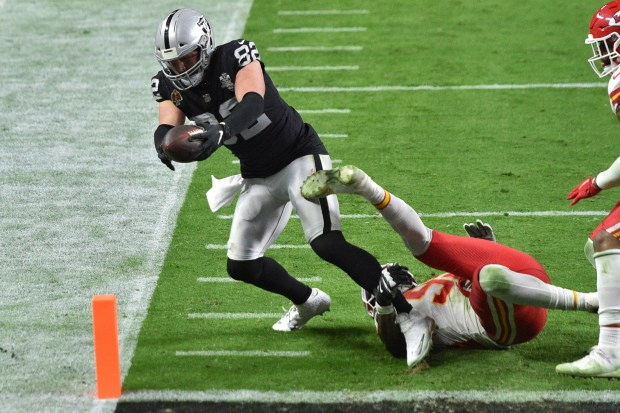 Report: What the Raiders are saying after their last-minute loss to Chiefs