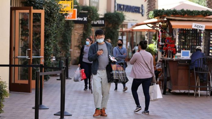 Coronavirus US Updates: California reports new case record