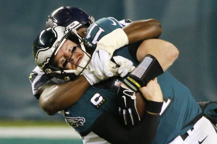 Eagles lose division lead after falling 23-17 against the Seahawks