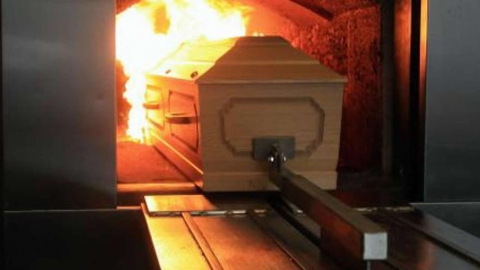 Argentina: Woman spots her 'dead' mother, 89, is ALIVE before she was Cremated