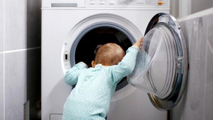 Child dies after being found in washing machine (Report)