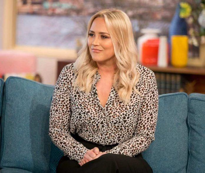 Girls Aloud star Kimberley Walsh admits feeling 'completely helpless' as Sarah Harding battles cancer