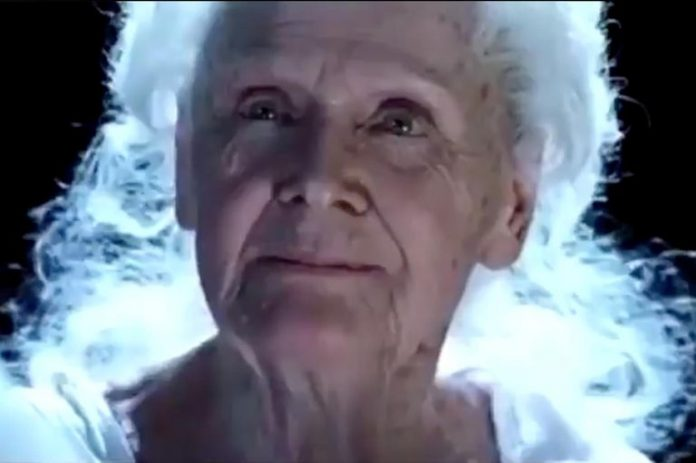 Titanic's scrapped alternate ending goes viral for being unbelievably awful, Watch