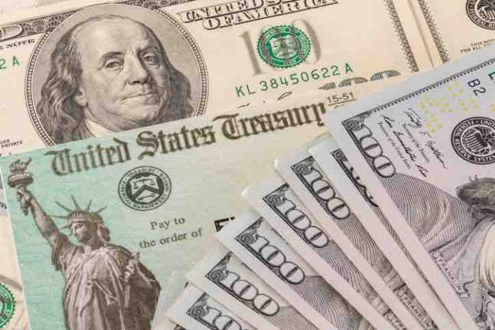 Stimulus Checks Deposit Date: What you should do with your money